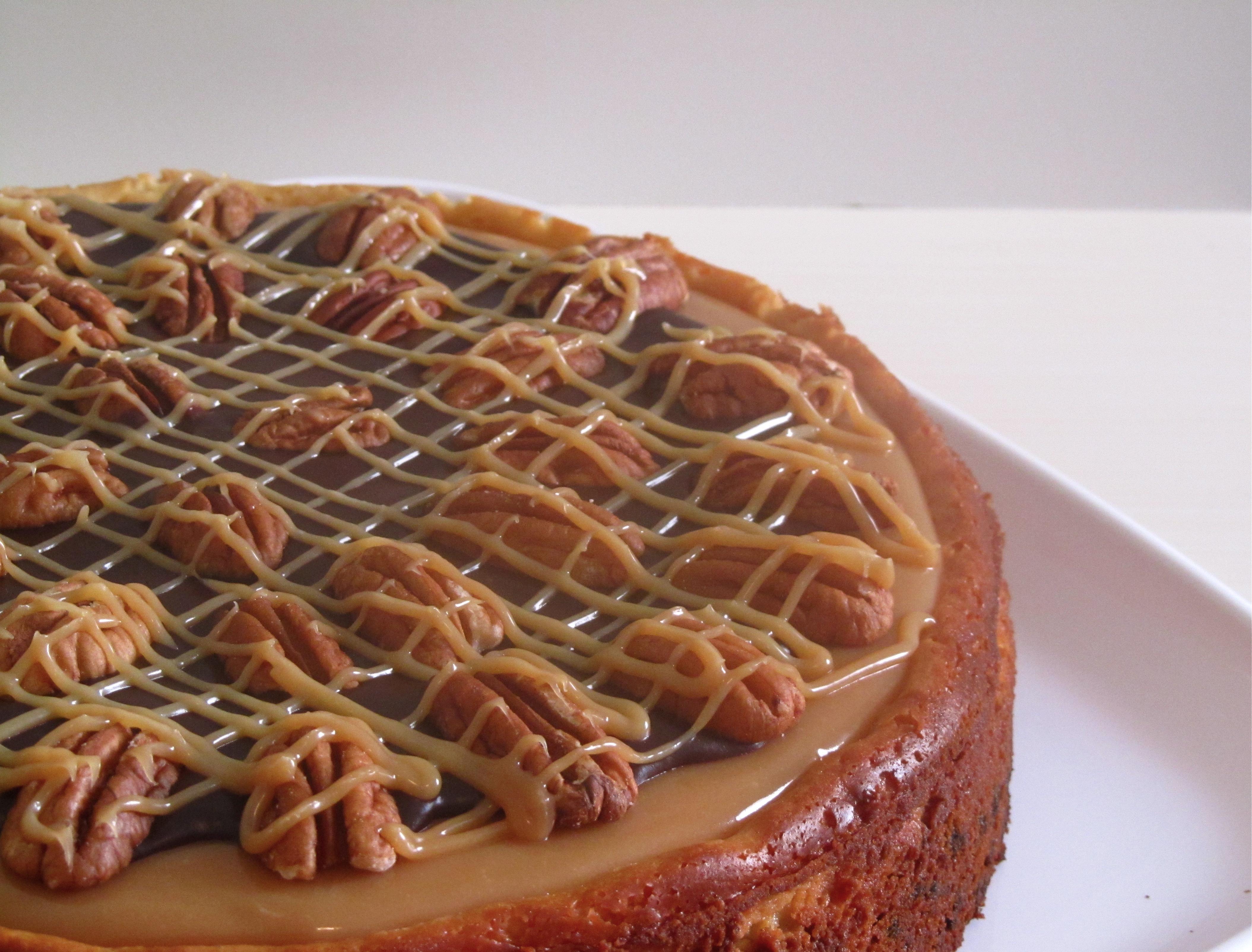 Turtle Cheesecake Easybaked
