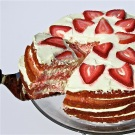 Strawberry-Lemonade Cake