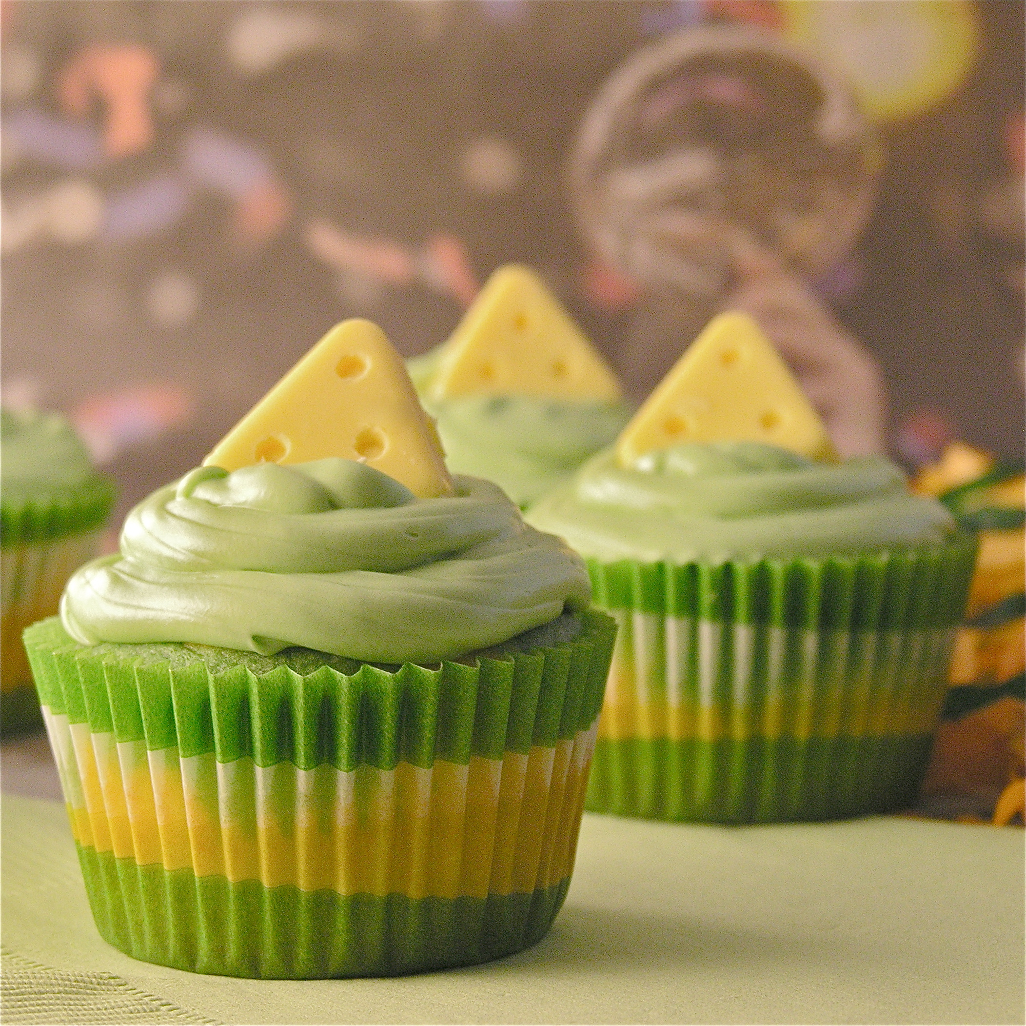 fc8991613 Green Bay Packer cupcakes