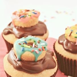 Cream filled doughnut cupcake