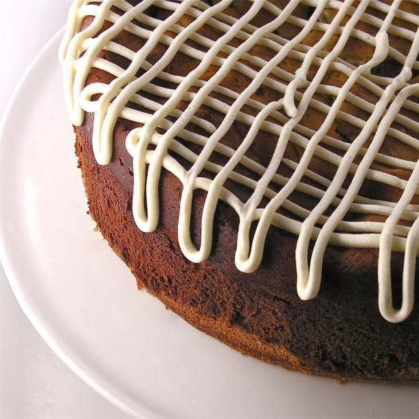 Cinnamon Roll Cheesecake!!!!!