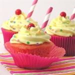 Strawberry Lemonade Cupcakes!!!!