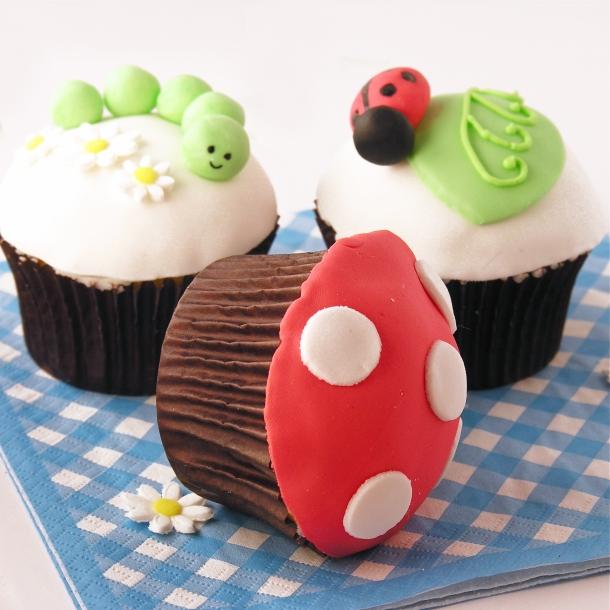 Fun fondant cupcake toppers