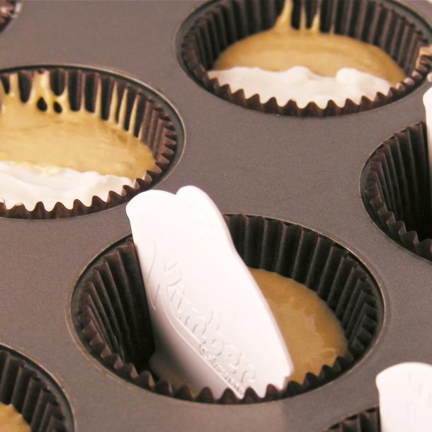 Cupcake batter divider!