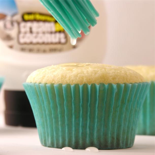 Coconut cupcakes!!