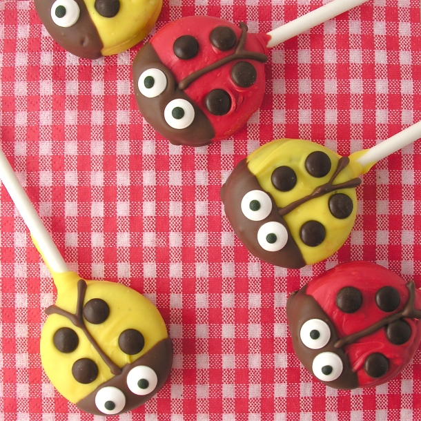 Lady bug Oreo Pops!