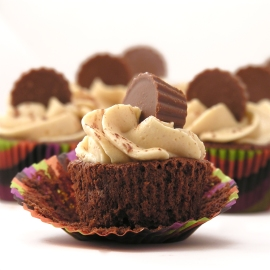 Peanut Butter Fudge Cupcakes!!