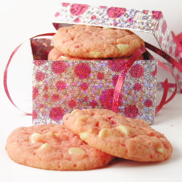 White Chocolate Strawberry Cookies!!