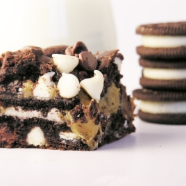 Caramel Oreo Brownie Bar
