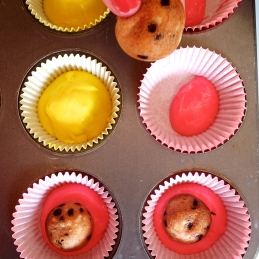 Cake pop apple cores