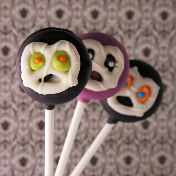 Jeepers Creepers Oreo Pops