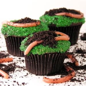 Edible Jello Earthworm Cupcakes