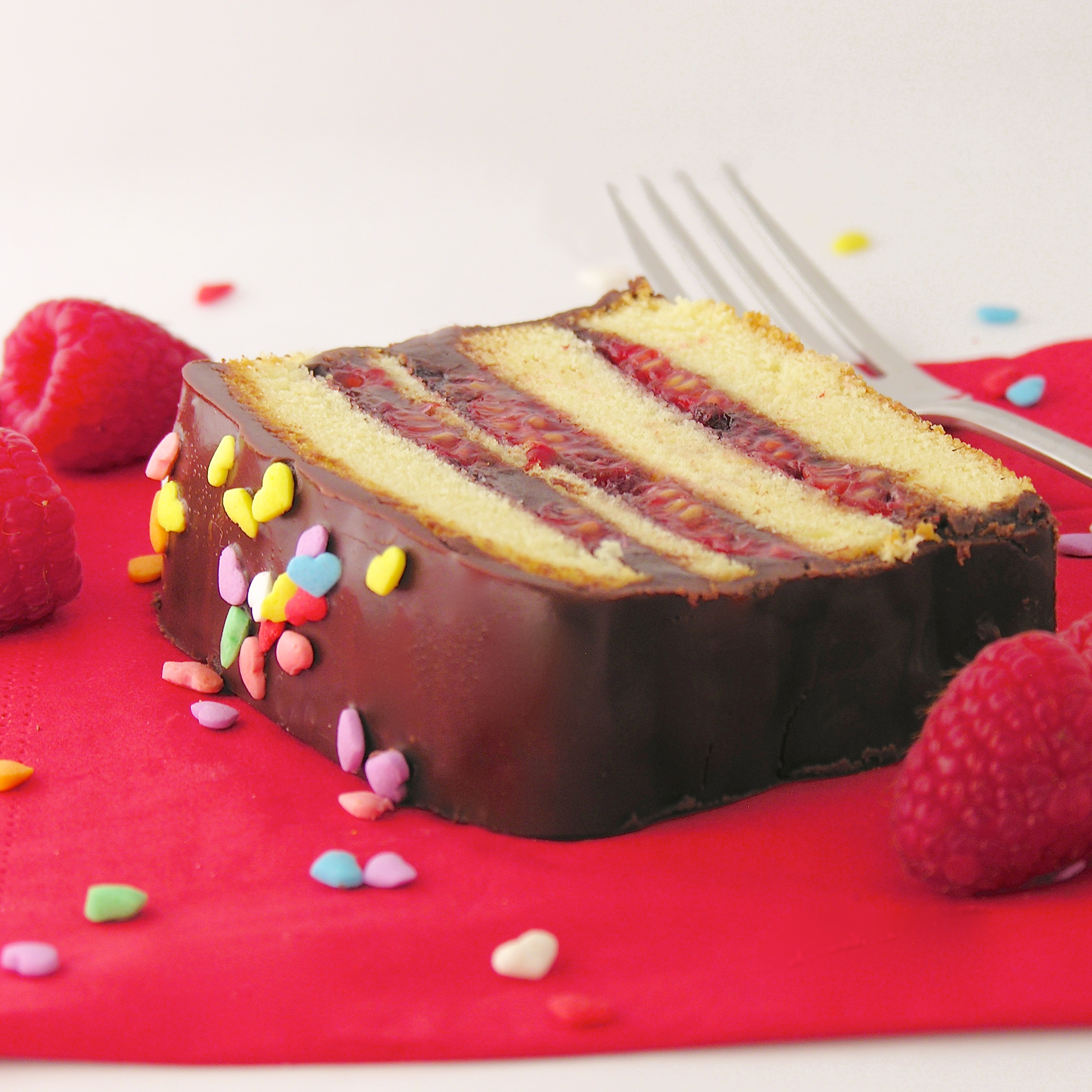 cream layer cake le food snob raspberry cream layer cake recipes ...