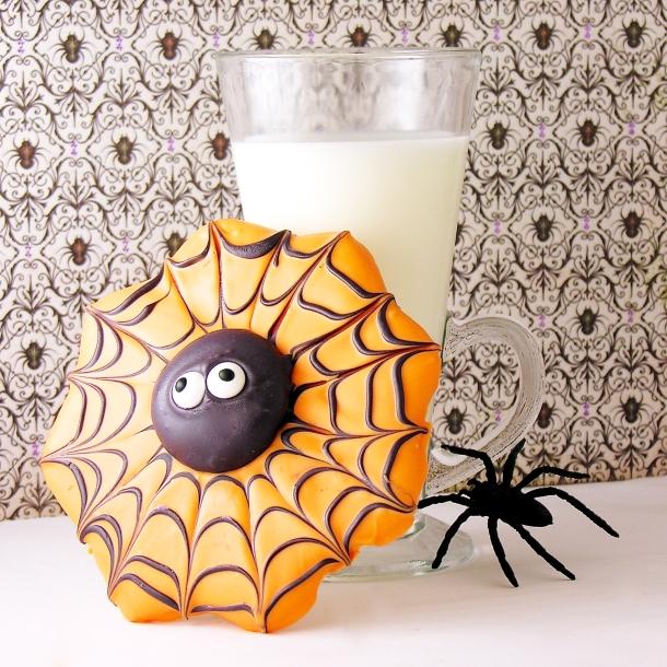 Spiderweb cookies2