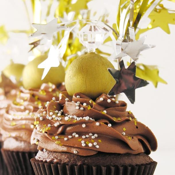 Ball Drop Cupcakes3