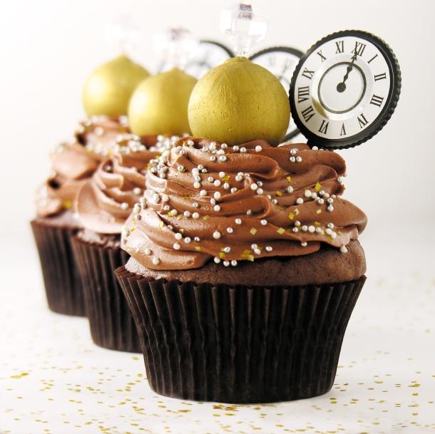 Ball Drop Cupcakes5