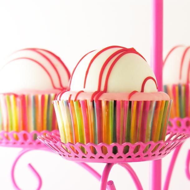 Berry Bomb Cupcakes2
