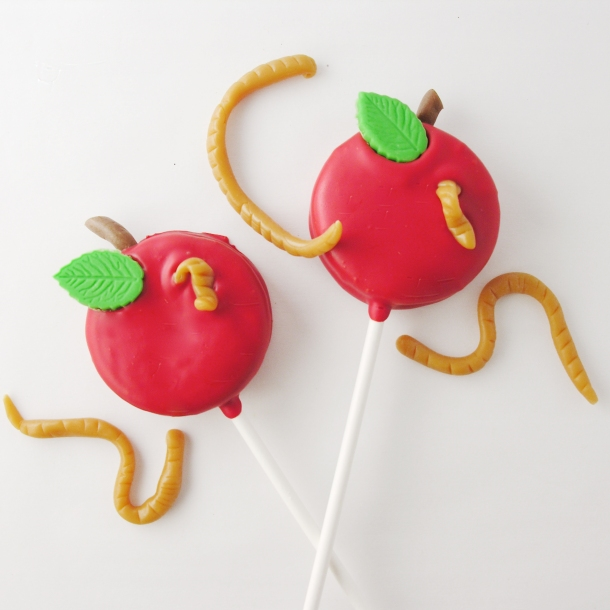 Apple Oreo Pops with worms!