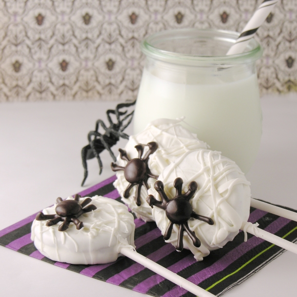 spiderweb-oreo-pops