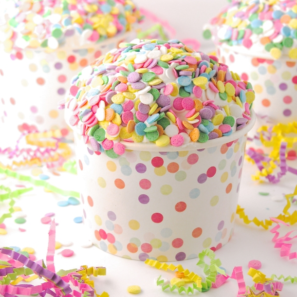 strawberry-cream-confetti-cups