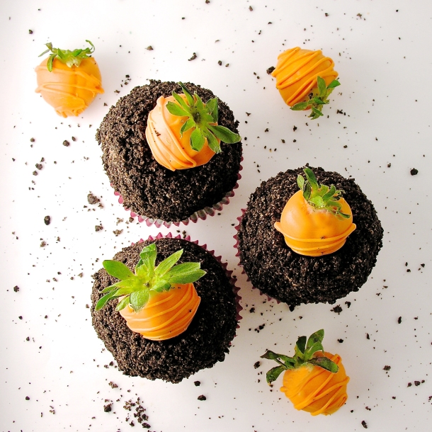 carrot-patch-cupcakes