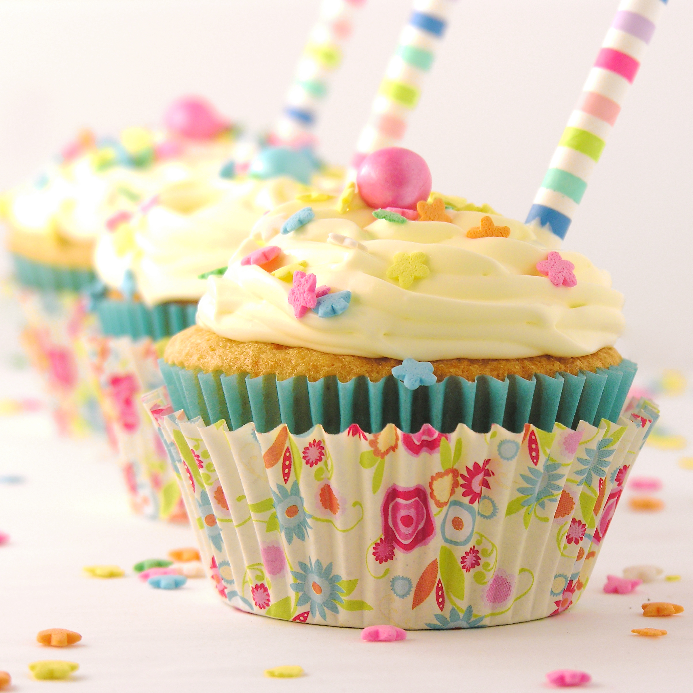 cupcakes   eASYbAKED